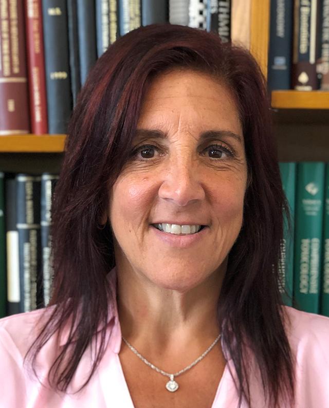 Elizabeth  Rossi